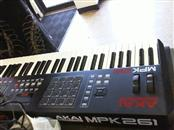 AKAI Keyboards/MIDI Equipment MPK261